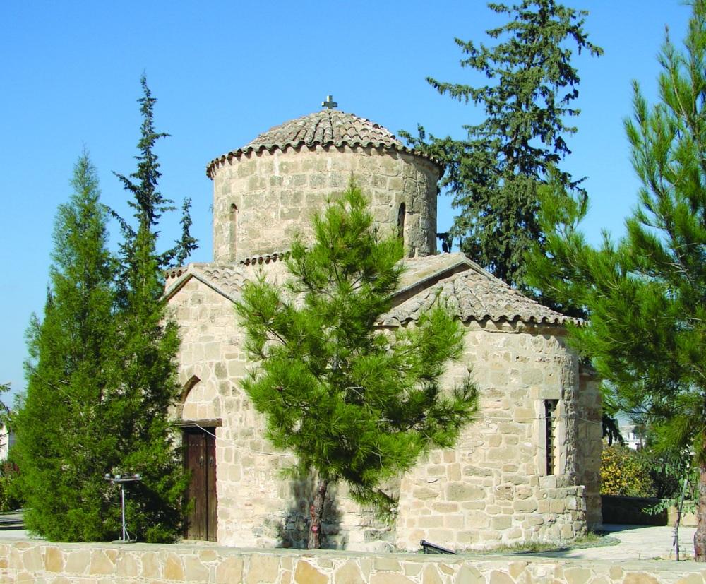 Кипр. Таинственный мир фресок, Никосия: «Yianel», 2010 – 164 с. (4/6)