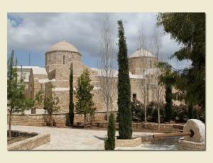 Церковь Пресвятой Богородицы Милостивой (Елеусы) в Эмбе