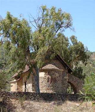 Церкви Кипра, Никосия: «Yianel», 2012 - 192 с. (3/6)