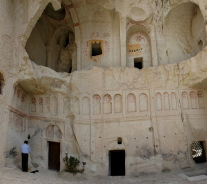 Скальная церковь Каранлык (Темный), XII - XIII в.